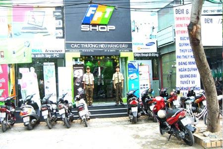 Bảo vệ trung tâm điện thoại FPT