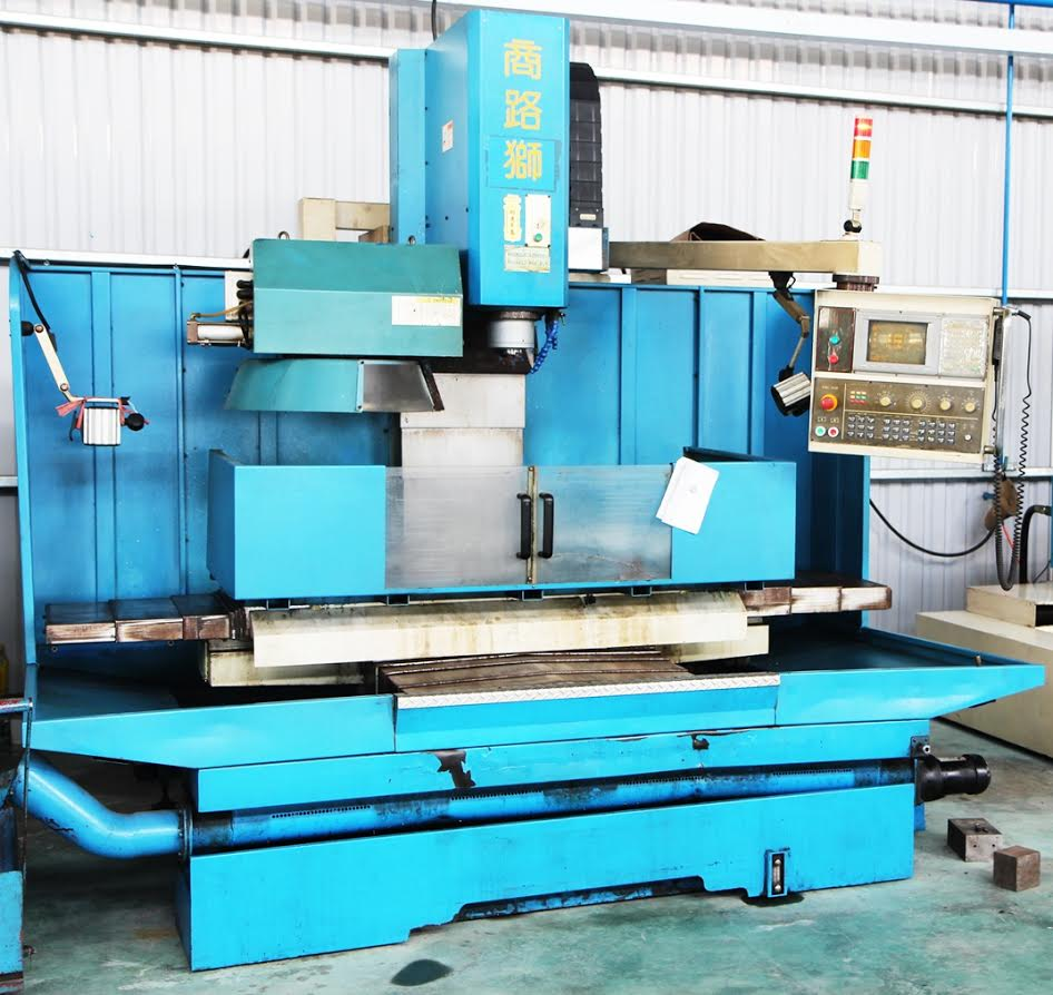 Máy phay CNC