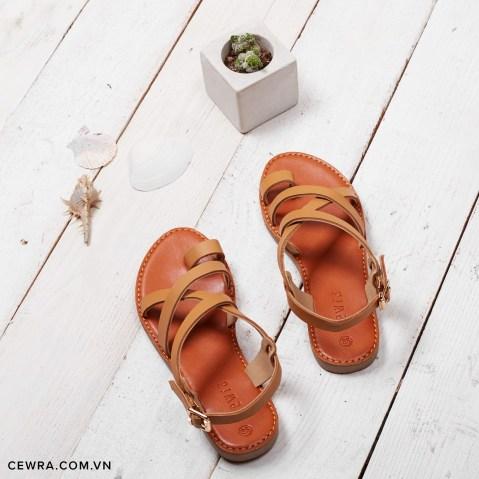 Giày sandal