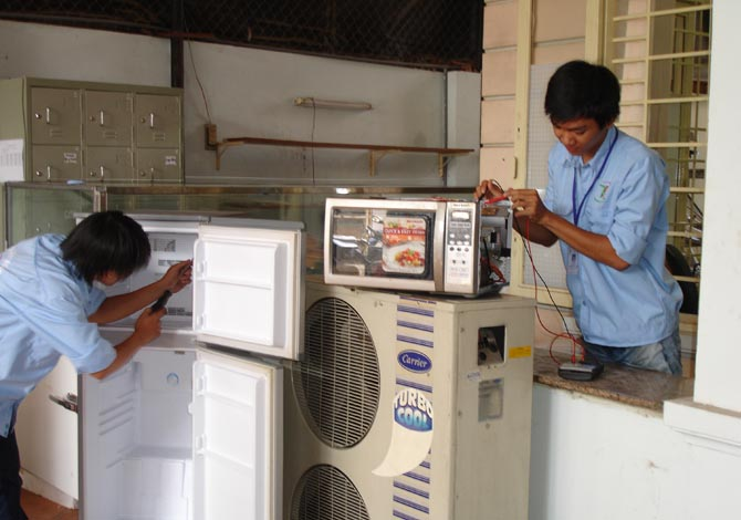 Kết quả hình ảnh cho sửa điện lạnh