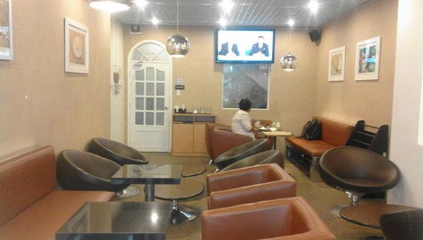 Dịch vụ vệ sinh quán cafe