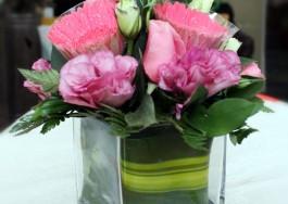 Lọ hoa thủy tinh trụ vuông