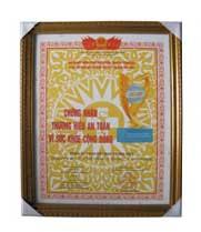 Cúp Vàng Việt Nam BEST PRODUCT Huy Chương