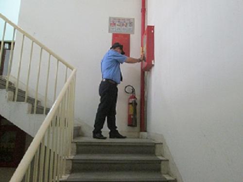 Bảo vệ trung cư