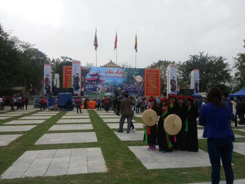 Tour du lịch lễ hội Bắc Ninh