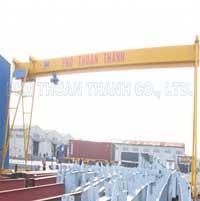 Cổng trục dầm đơn chân ống