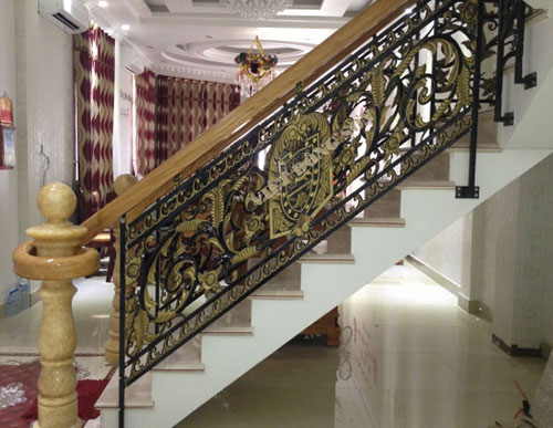 Cầu thang nhôm đúc B011
