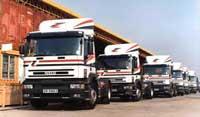 Vận tải hàng hóa bằng xe đầu kéo