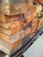 Nguyên liệu gỗ Pơ Mu