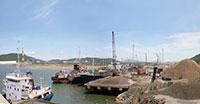 Xây dựng bến cảng