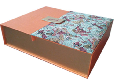 In hộp bánh