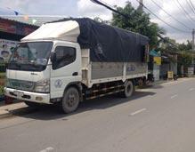 Vận tải đường bộ bằng xe tải