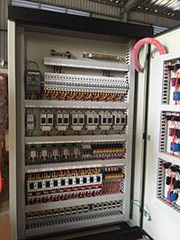 Tủ điện điều khiển
