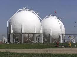 Thi công bể chứa dầu