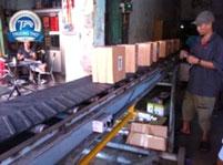 Băng tải chuyển hàng