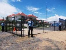 Bảo vệ khu biệt thự resort