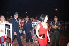 Bảo vệ ca sỹ Phương Thanh