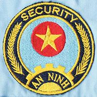 Thêu logo trên áo bảo vệ