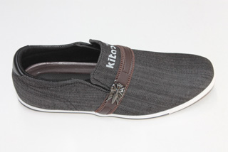 Giày Thể Thao Nam Nữ