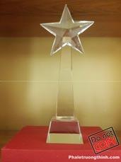 Cúp pha lê ngôi sao lượn