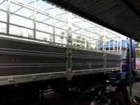 Vận chuyển hàng bằng xe tải thùng