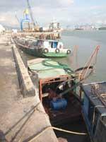 Dịch vụ bốc dỡ hàng hóa qua cảng