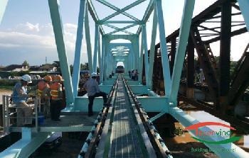 Thi công lắp dựng cầu thép