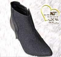 Giày boot kim sa đen