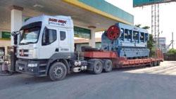 Xe chở máy công trình