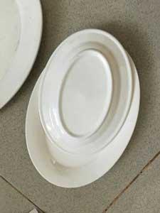 Bộ chén đĩa bằng sứ