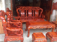 Bàn ghế gỗ trạm trổ