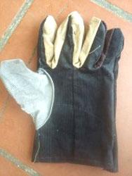 Găng tay nhung