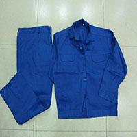 Quần áo công nhân may sẵn