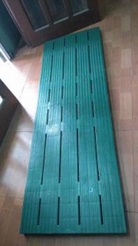 Pallet lót sàn