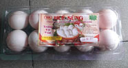 Trứng vịt tươi đóng hộp