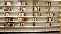 Kệ thư viện