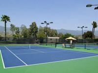 Thi công sươn sàn sân tenis