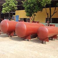 Bồn chứa xăng dầu nằm ngang