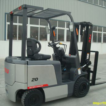 Xe nâng điện 2 tấn