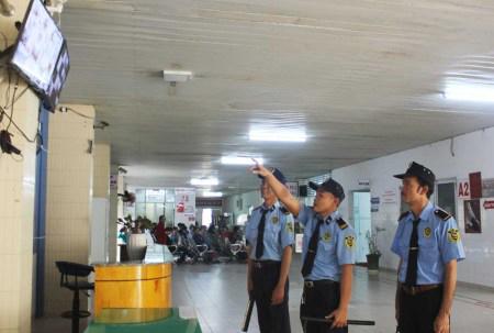 Bảo vệ an ninh bệnh viện