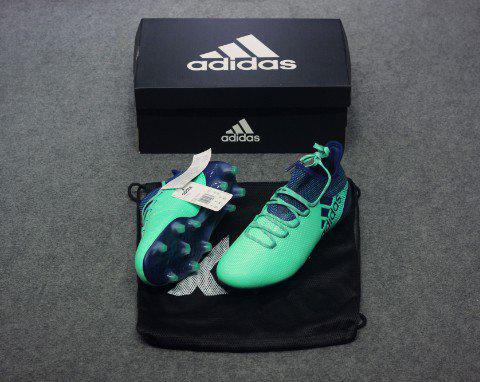 Giày cỏ tự nhiên Adidas