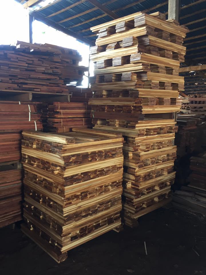 Sàn gỗ Teak Lào