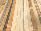 Cưa xẻ gỗ xuất khẩu theo yêu cầu
