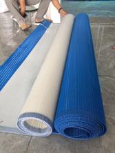 Băng tải nhựa dùng trong máy ép bùn