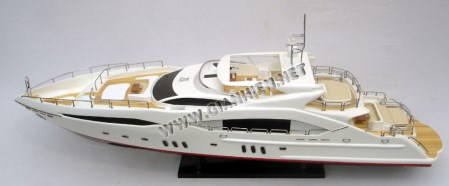 Predator Yacht Model