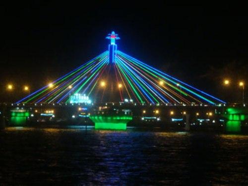 Đèn chiếu sáng nghệ thuật lễ hội