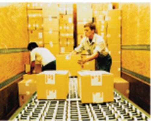 Giao nhận hàng hóa nội địa