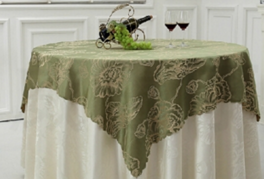 Khăn trải bàn