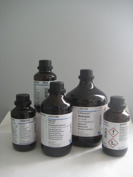 Hóa chất tinh khiết