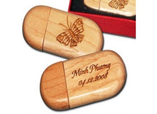 Khắc trên gỗ